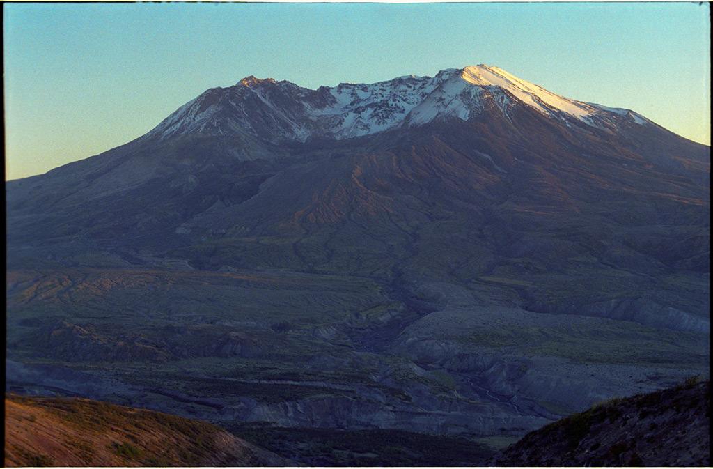 Mount St. Helens, Andrew D. Barron©10/18/11