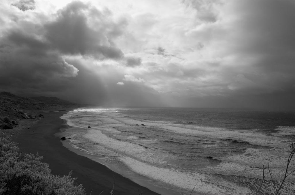Pacific ocean meets Ophir, Andrew D. Barron©1/2/12