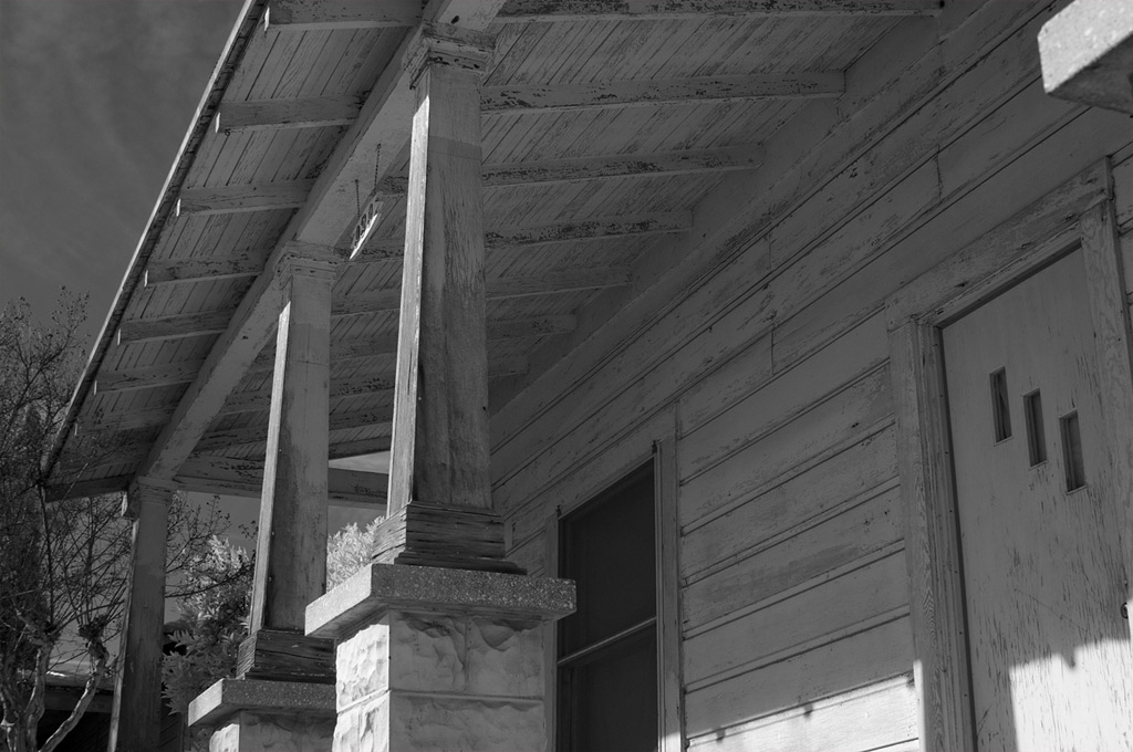 Old home, Madera, CA, Andrew D. Barron©1/10/12