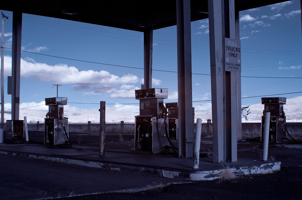 Gas station south of Klamath Falls, Andrew D. Barron©1/15/12