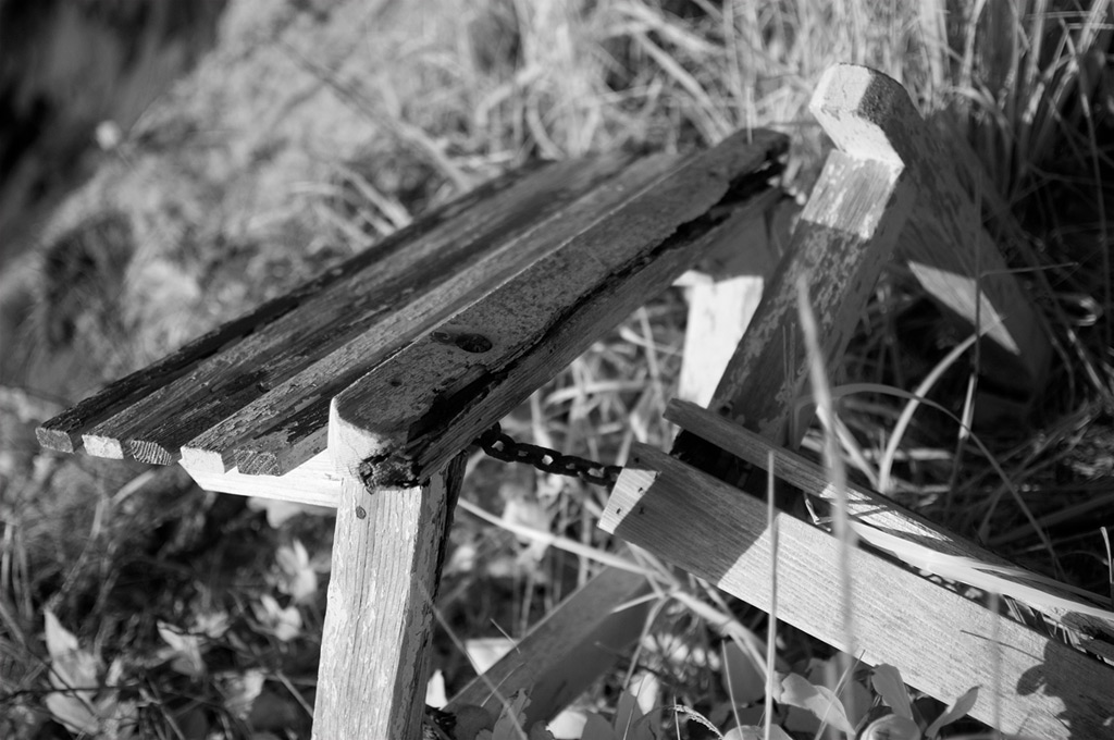 Old empty bench, Andrew D. Barron©4/5/12