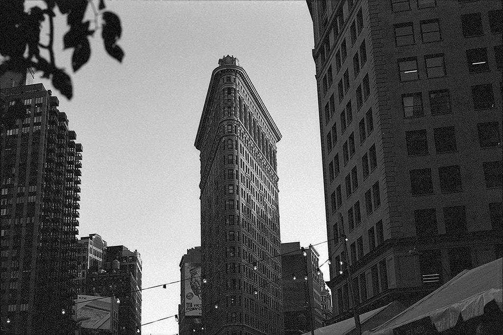 Flatiron Building, New York City, Andrew D. Barron©10/11/2013 [Nikomat FT2; 50mm ƒ1.4, TriX]