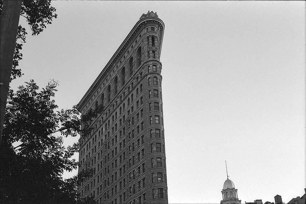 Flatiron Building, New York City, Andrew D. Barron©10/11/2013 [Nikomat FT2; 50mm ƒ1.4, TriX]