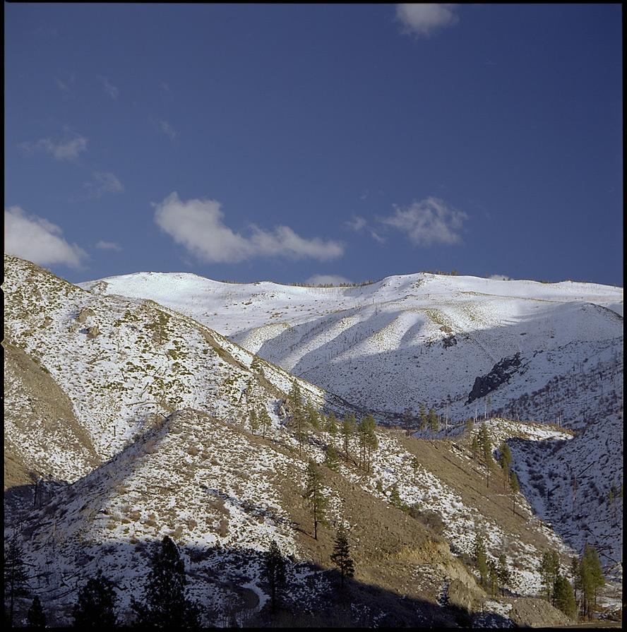 Truckee River canyon, Andrew D. Barron©1/26/13 [Hasselblad 500c/m; Planar 120mmƒ5.6, Fuji Reala 100 frame 2]